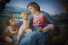 Detail-Madonna-d-Alba_Raphael-The-Young-Prodigy