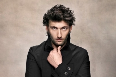 ROH-19-20_PRODUCTION-IMAGE_FIDELIO_Jonas-Kaufmann-who-will-perform-in-Fidelio-Photograph-by-Gregor-Hohenberg