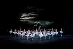 SWAN LAKE_The Royal Ballet_ROH. Odette_Odile; ariane la Nunez, Prince; Vadim Muntagirov, Queen Mother; Elizabeth McGorian, Rothbart; Bennet Gartside,