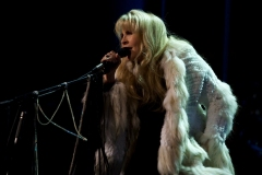 STEVIE-NICKS_IMAGE-2